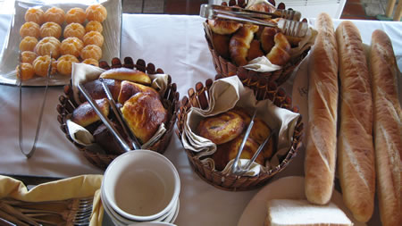 Buffet with breads