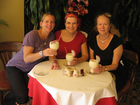 Gals in Siem Reap