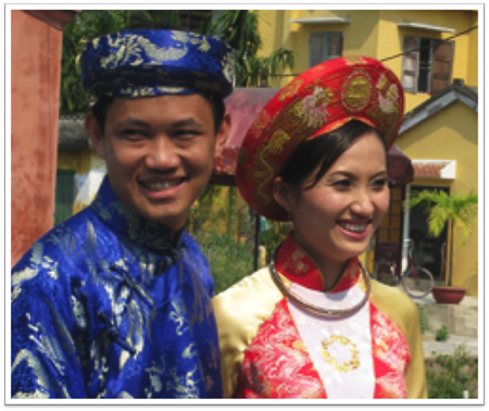 Bride and groom in Hoi An
