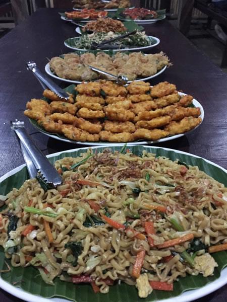 Dinner buffet, Java
