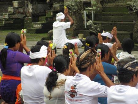 Prayers at temple, Bali