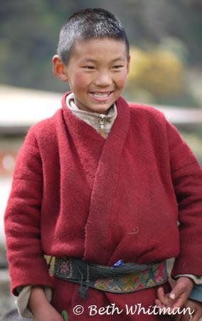 Bhutan_Trek4_Boy2