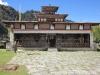 Dzong in Sakten