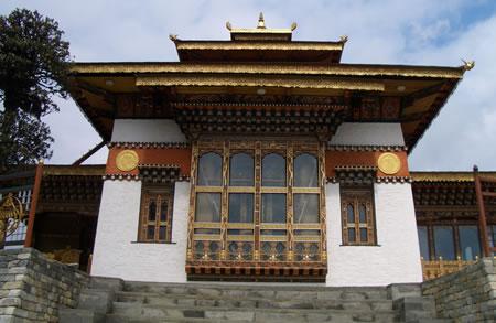 Temple at Dochu la Pass