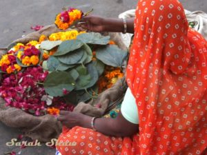 Offering-Flowers-Pushkar-India