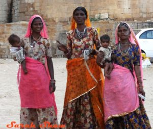 Women-Jaisalmer-India