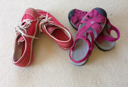 Walking shoes for travel