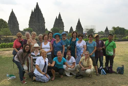 WanderTours Group-Borobodur