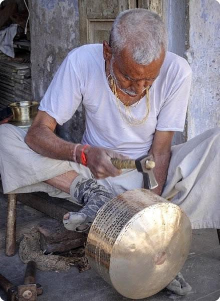 Man Pot Making Gujarat