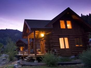 Riverdance Lodge Small Cabin